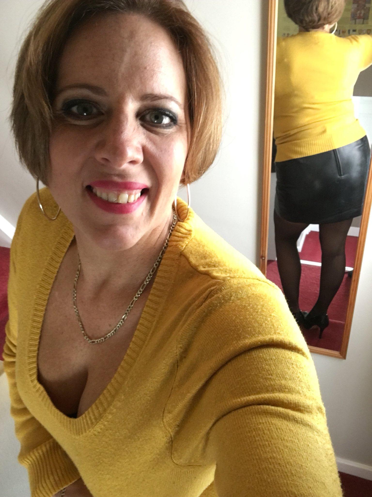 Bbw curvy claire stockings