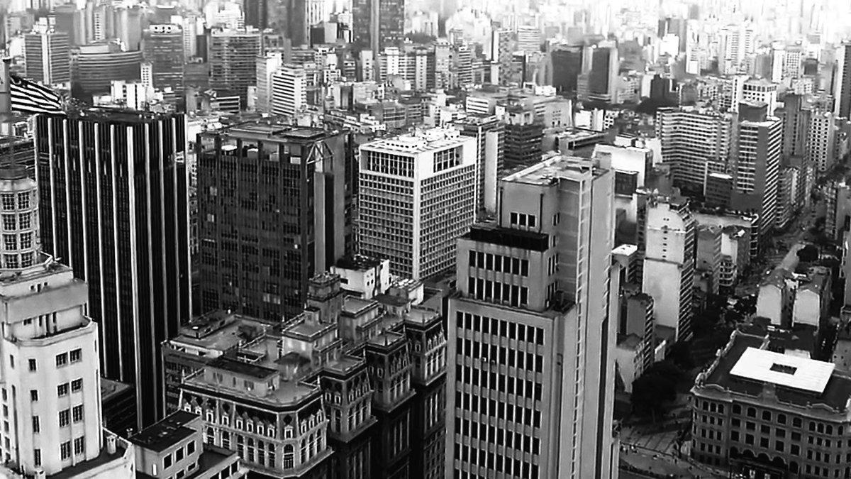 """""""Sou gata da vida, eu venho do mato Da selva de pedra, São Paulo""""   https://t.co/iTY1eM3qBN https://t.co/gwcZ88jxgl"""