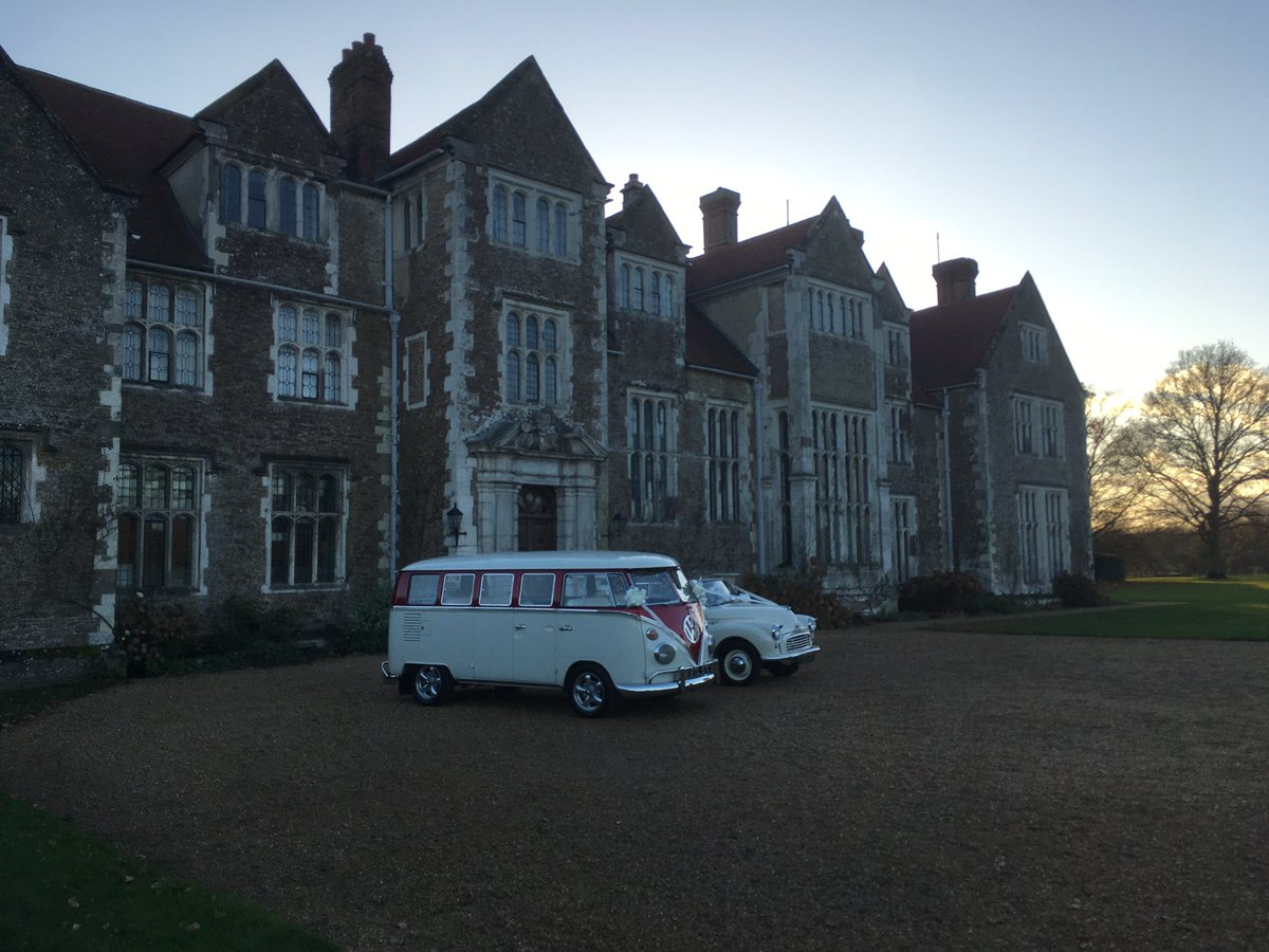 RT @cjcampbell1988 #ccsatat3pm @LoseleyPark - great venue for the wedding of mr and mrs Nixon