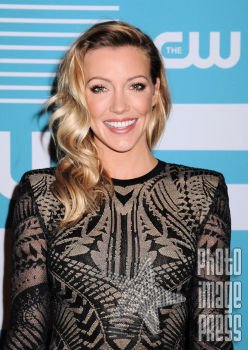 Happy Birthday Wishes going out to Katie Cassidy!!!