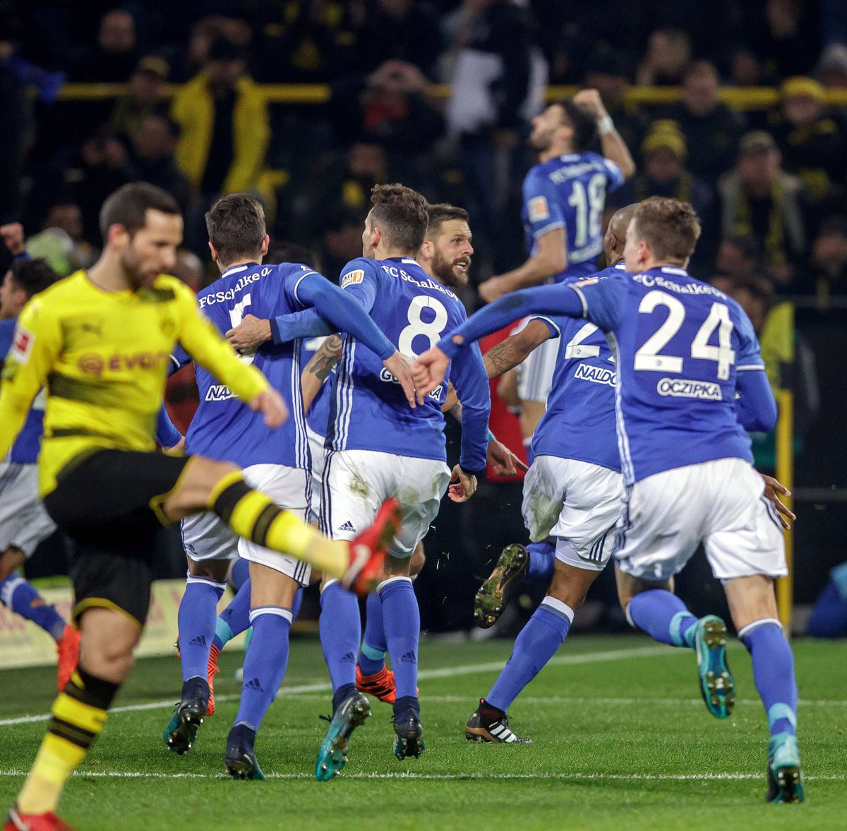 Боруссия Дортмунд – Шальке. Прогноз матча чемпионата Германии