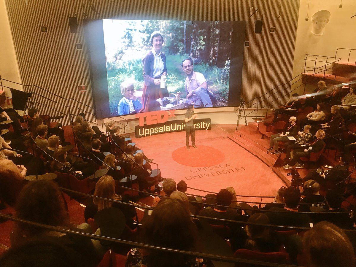 Our last speaker, Pontus Strimling talking about the changing values in society. #tedxuppsalauniversity #tedx #uppsala https://t.co/8pwpqzWcXn