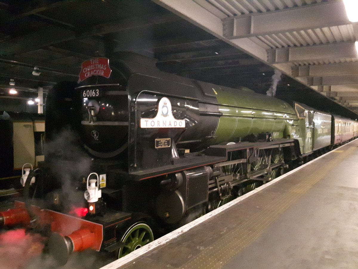 DPg7G5wXcAEXp0h - Euston Station Anniversary Special