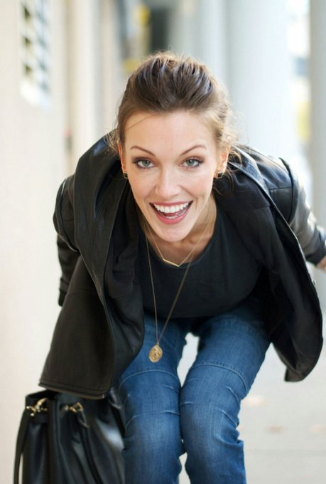 Happy Birthday To An Incredible Actress Katie Cassidy!!