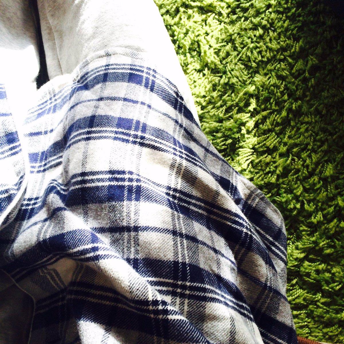 これならお腹大きくなっても着られるし、産後も使えるはず!無印のパジャマは生地感が好き。#妊婦服 #無印良品 週間pic.twitter.com/CQhcSi0XA6