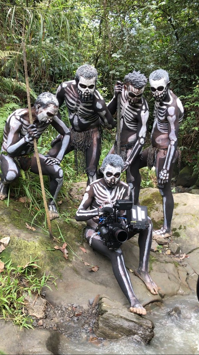 """キミノ على تويتر: """"ヨシダがパプアニューギニア国営放送から取材を ..."""