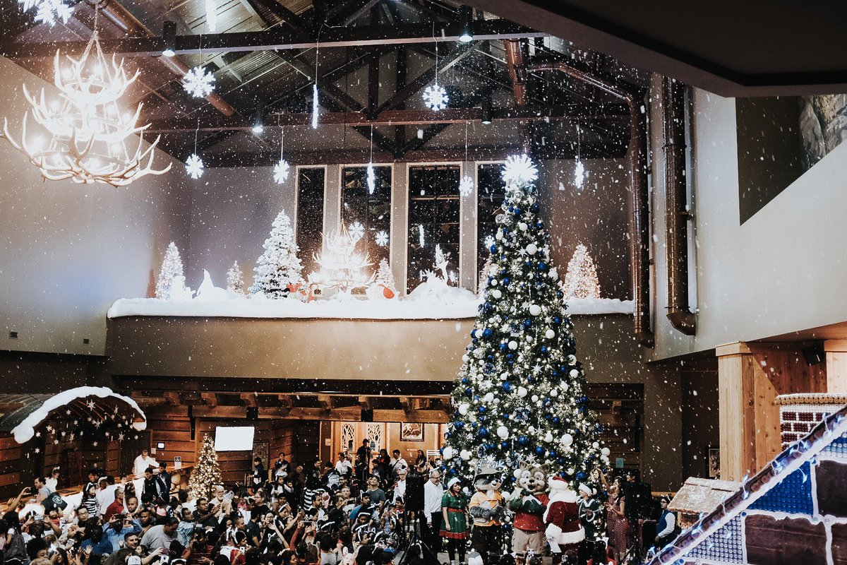great wolf lodge on twitter christmas carols santa cookies hot cocoa snow and storytime my kiddos will be dreaming of this magical night for a long