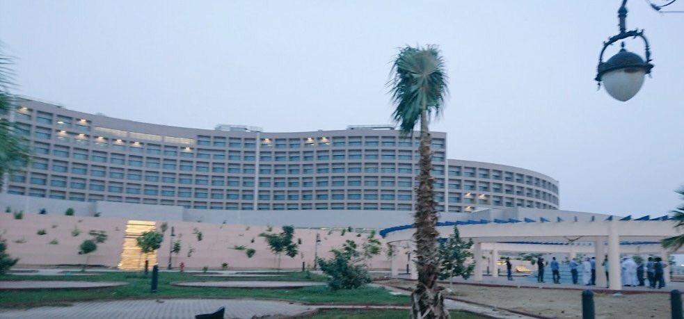 صور من فندق جامعة جازان واطلالته الجميلة المباشرة على شاطيء البحر الاحمر مشاريع السعودية