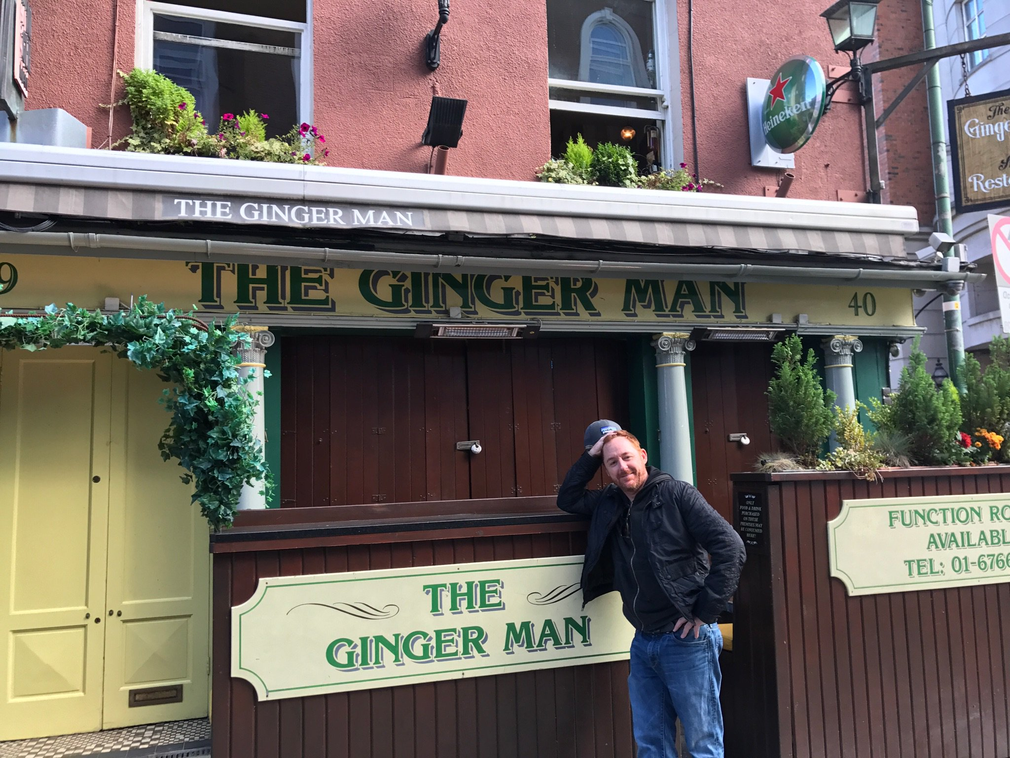 RT @ScottGrimes: Exhausted from the #igpthemusical show in Dublin. Found this pub the next morning. https://t.co/1V9DFl2Qfi