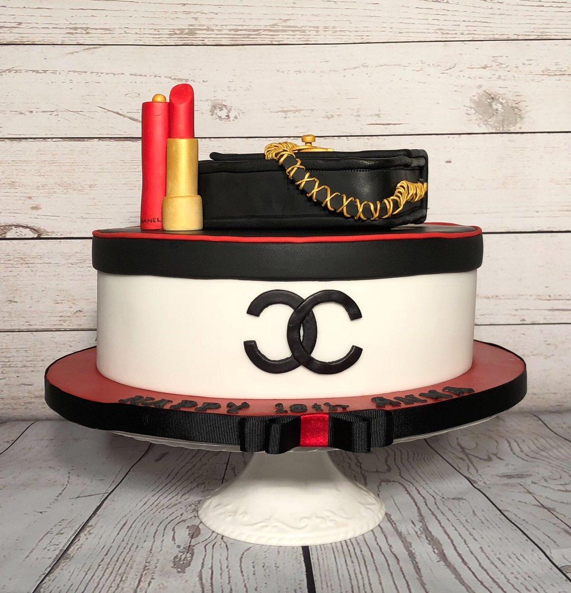 Tremendous Cake Mad On Twitter 18Th Birthday Celebrations Yesterday Rich Funny Birthday Cards Online Alyptdamsfinfo