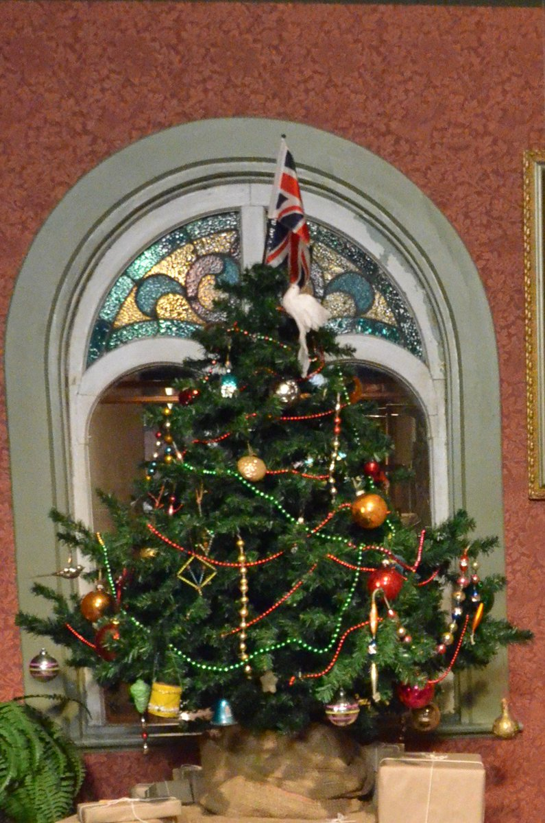 Simcoe County Museum On Twitter It Was The Victorians Who Popularized Many Traditions That We Still Have At Christmas Christmas Trees Carolling Wassail Punch Christmas Pudding Even Horse Drawn Wagon Rides These