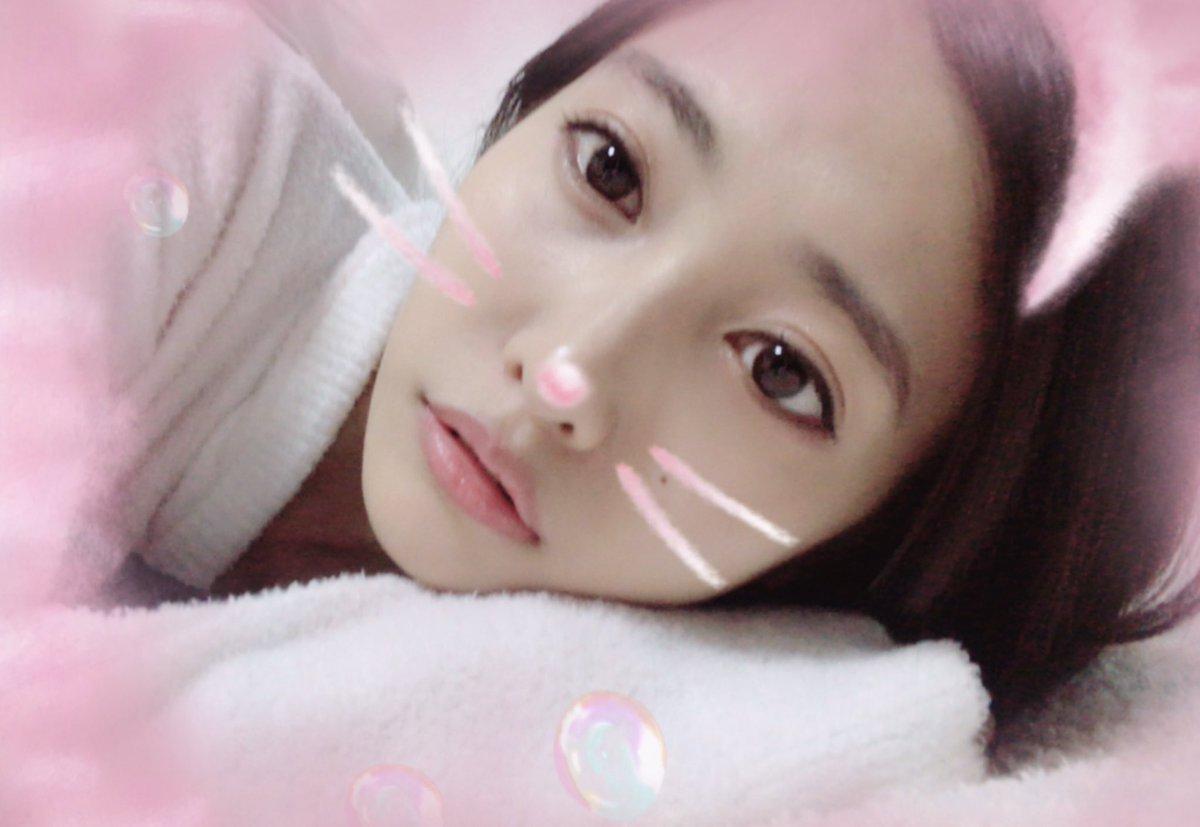 佐野ひなこ - Twitter