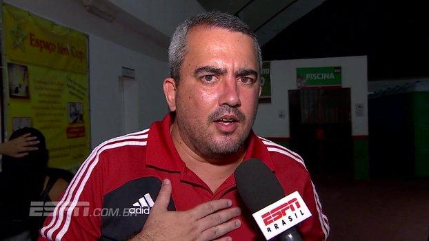 Torcedor do Flamengo diz que não daria filha para Muralha segurar e tirar foto: 'É arriscar ela cair no chão' https://t.co/vTEiGstzXd
