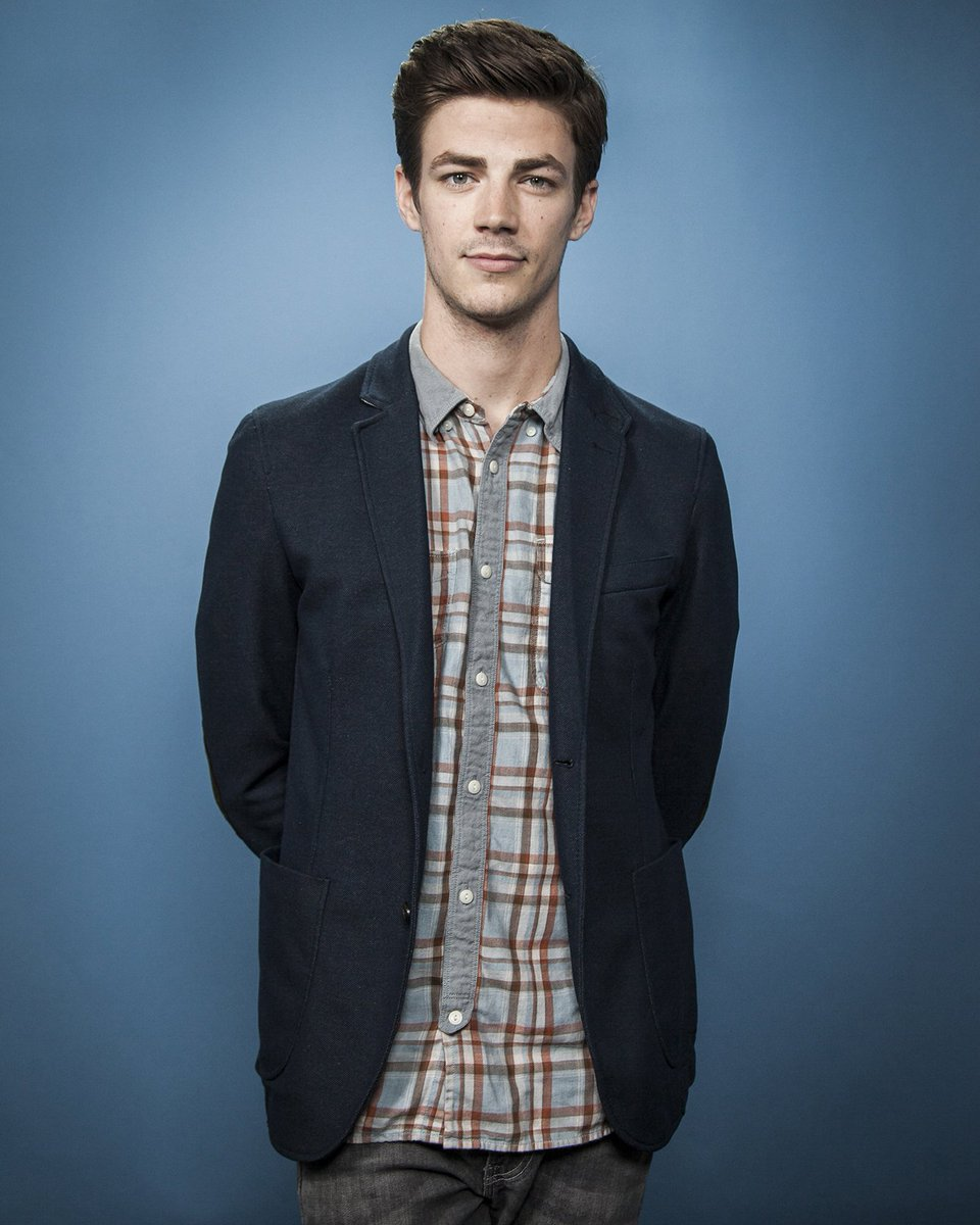 Grant Gustin Flash On Twitter Update Photos