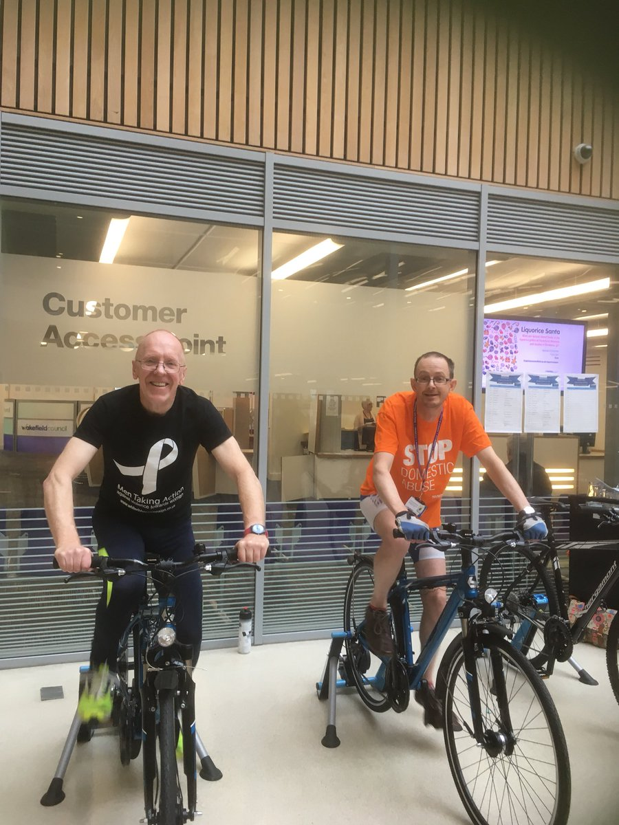 Great start to the day - up at 6.30 to get to Wakefield for cyclethon against violence against women #whiteribbonuk