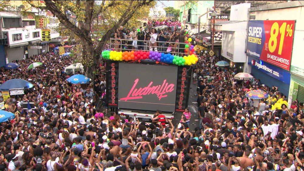 Parada Gay em Madureira, no Rio, teve protesto pela igualdade ao som de Ludmilla https://t.co/kl5ApZT3xr #G1