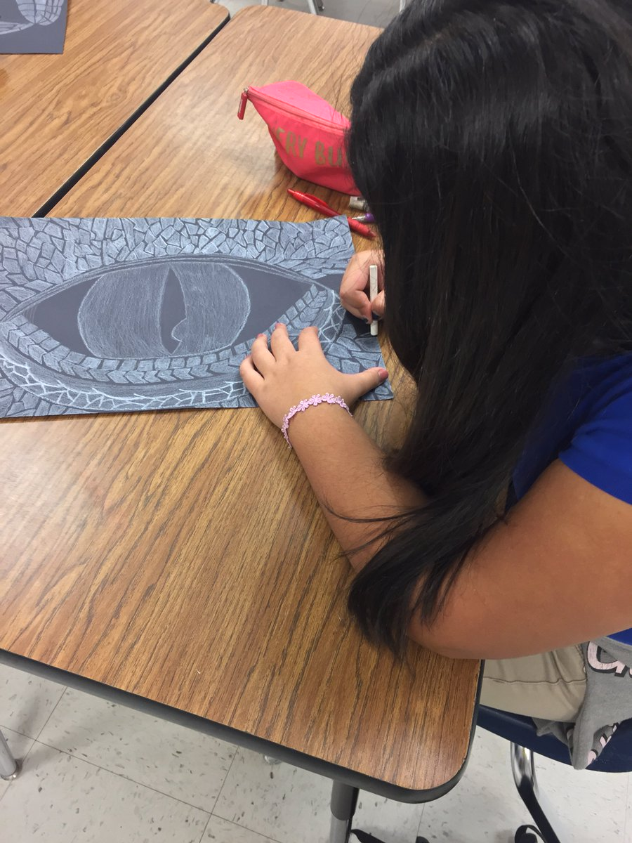 L Aragón On Twitter 6th Grade Dragons Working Dragon Eyes Showing Emphasis So Talented Almost Finished Teamsisd An Pk8