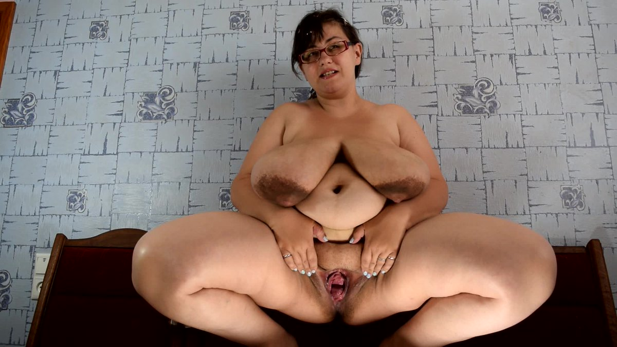 Chelsea clinton nude pics