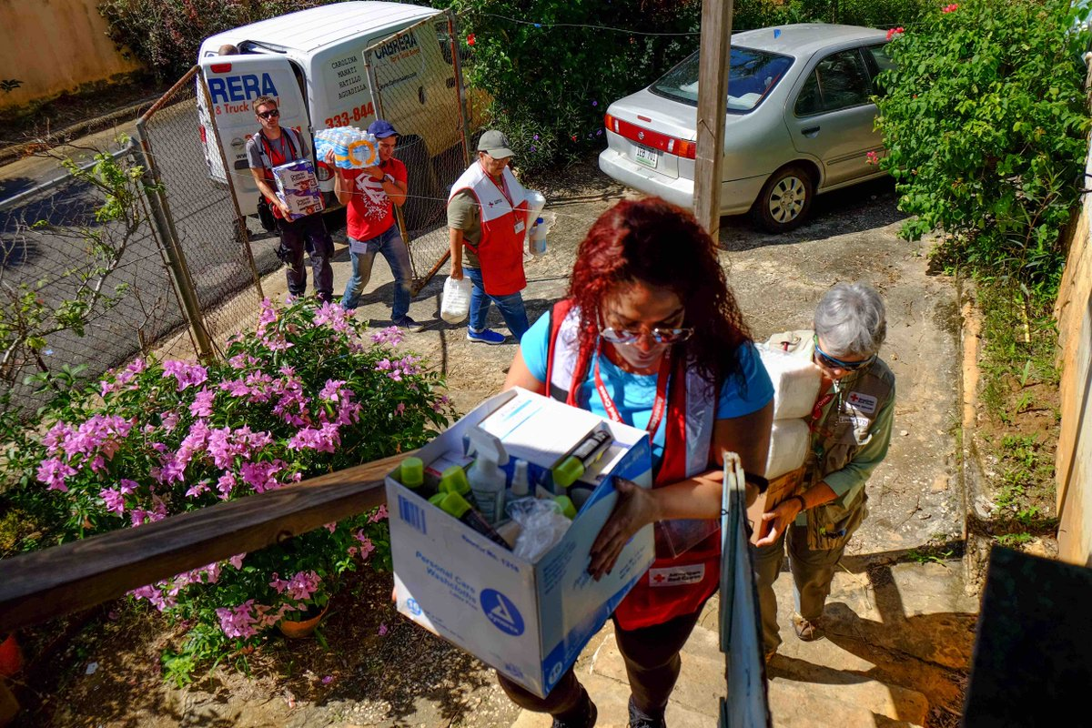 """American Red Cross of Chicago & Northern Illinois on Twitter: """"HURRICANE  MARIA: Our Red Cross volunteers in Puerto Rico are visiting shelters in  Orocovis to ..."""