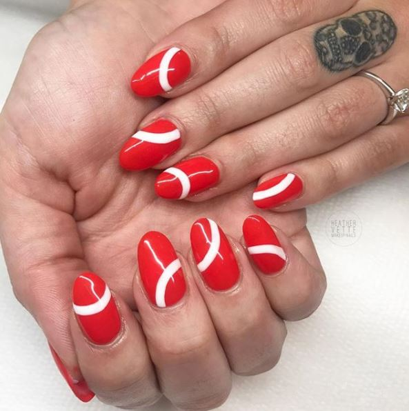 Artistic Nail Design On Twitter We Love Her Curves Nails