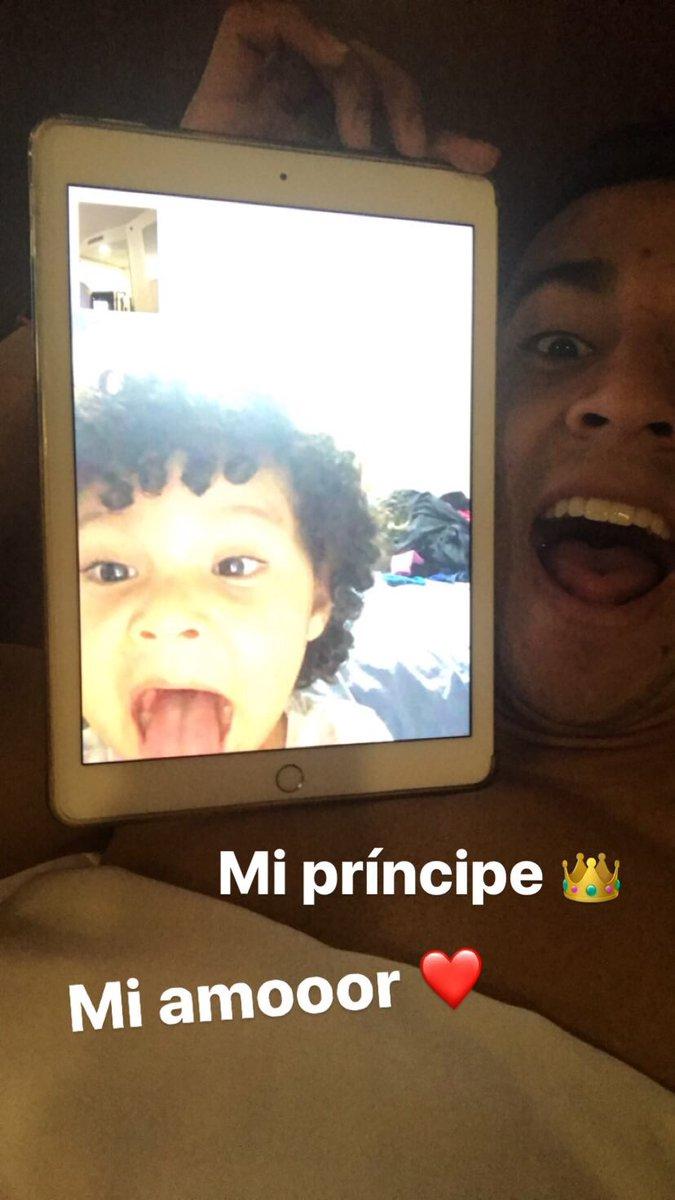 Mi príncipe 👑❤️❤️❤️ https://t.co/bLVY9GM...