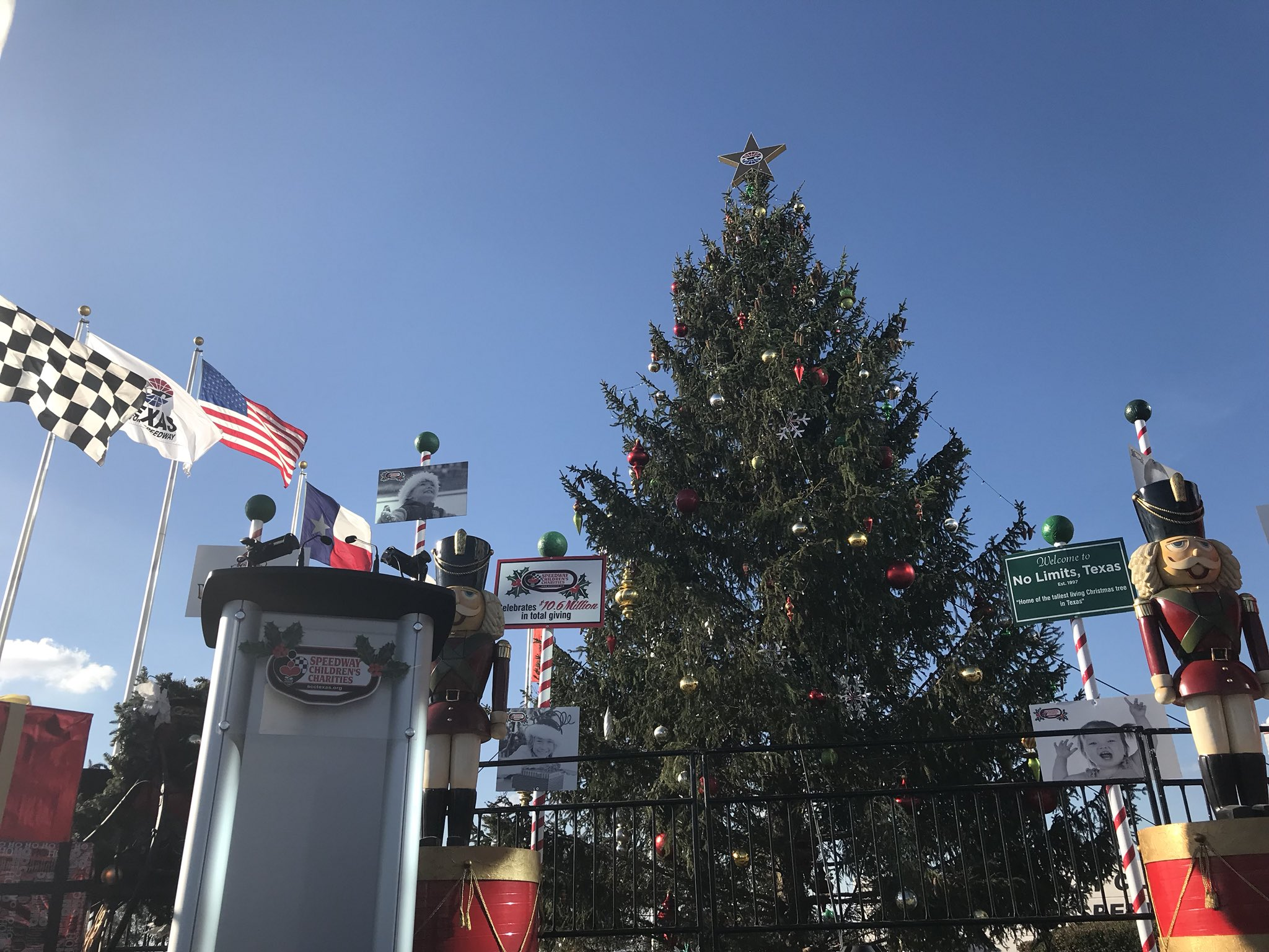 "Texas Motor Speedway on Twitter ""Can t make the Christmas Tree"
