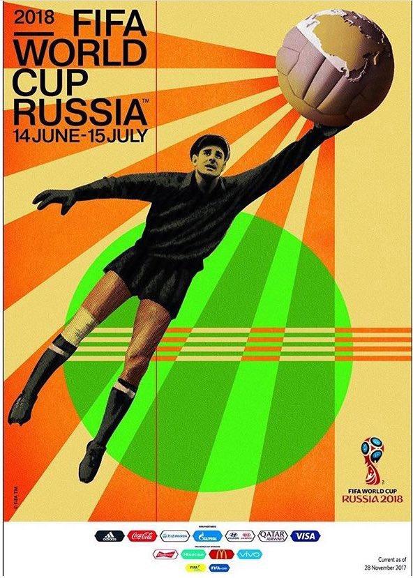 El histórico portero ruso Yashin  es el protagonista del póster oficial de Rusia 2018  que la FIFA presentó hoy. https://t.co/43qAUZfveL
