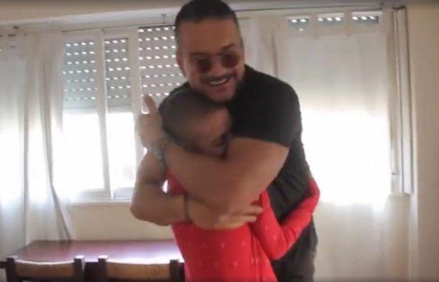 Arjona visitó a una fan con cáncer que no pudo ir al show