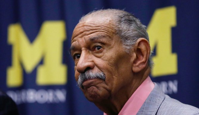 Former Conyers aide: 'Most of us' have seen him in his underwear