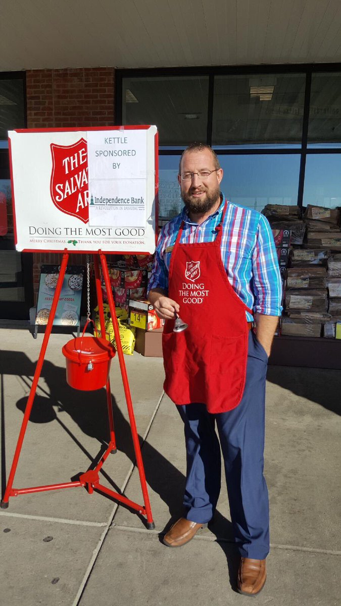 Helping out the @SalvationArmyUS today f...