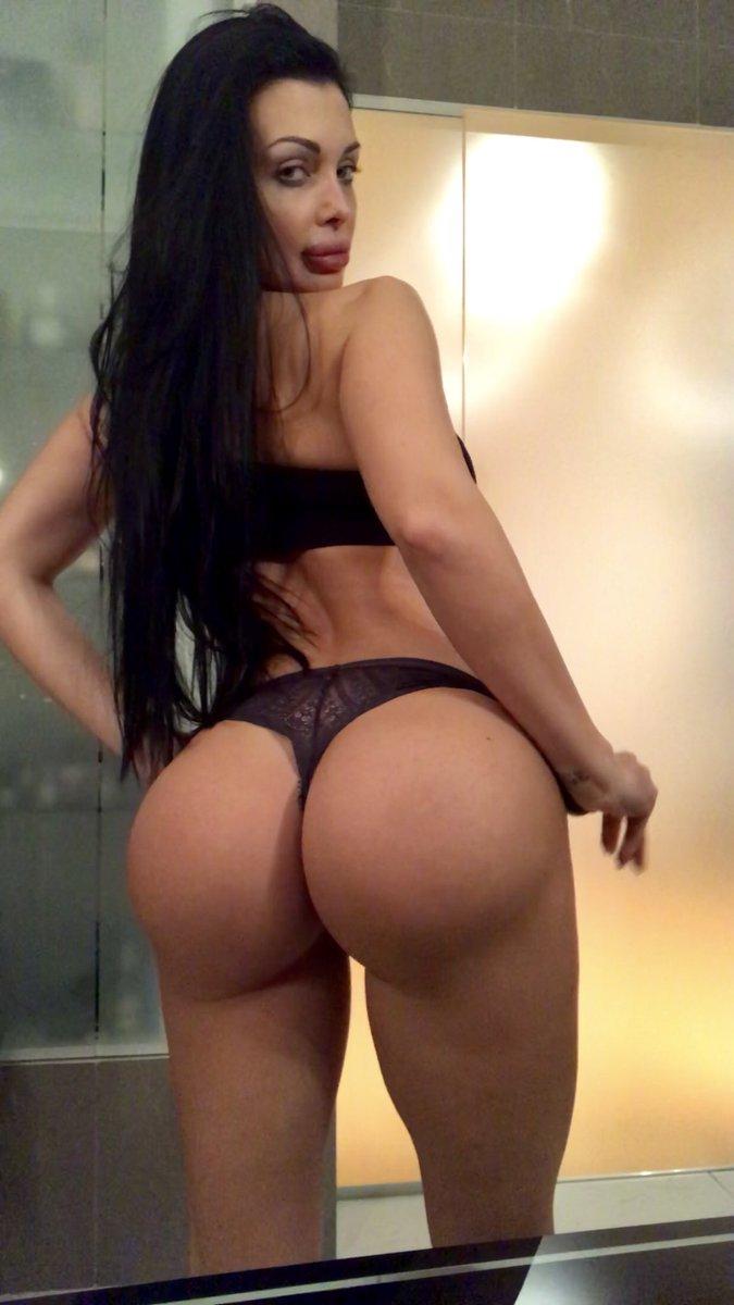 Aletta Ocean-pornstar  - 🖤Love my bo twitter @ALETTAOCEANXXXX