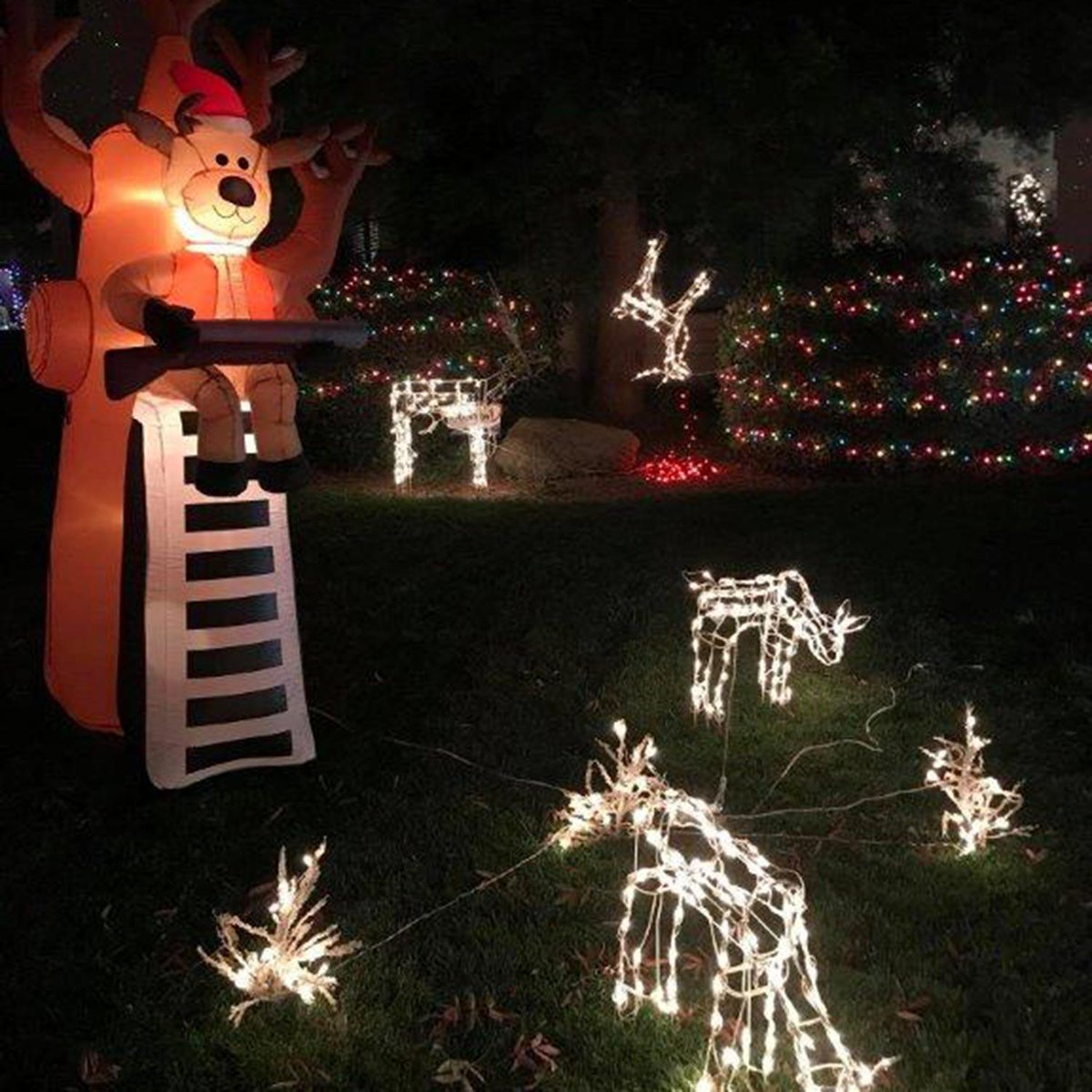 abc30 fresno on twitter clovis candy cane lane lights display features dead deer hanging from a tree httpstcovn3vttjnnm