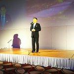 唐津市長がゲストで登場!海外からも合わせて旅行者4万人突破を祝って勝生勇利くんを唐津の観光大使に任命…