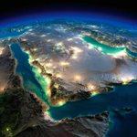 Gorgeous exaggerated relief #map (computer generated image not a satellite picture!) shows the Arab Peninsula at night. These type of images help to understand the basic #geography of a place. Source: https://t.co/kBAYkWXHqH