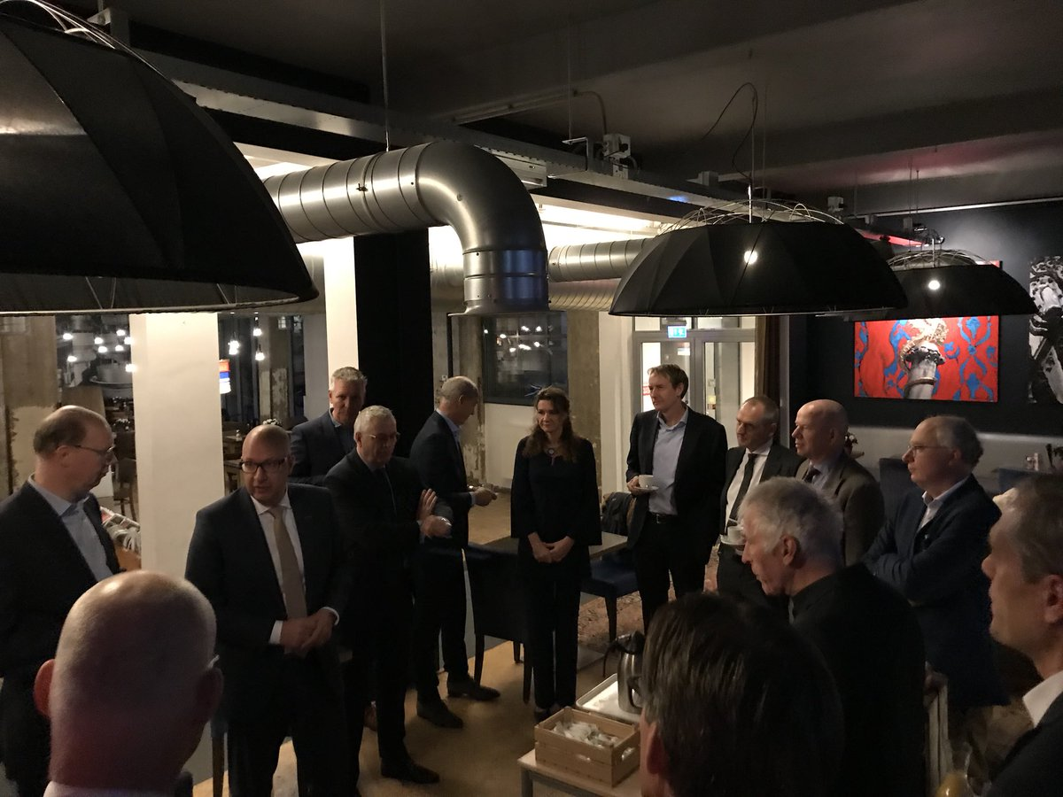 Tweede ontbijt met ondernemers @JackMikkers in @Gruyterfabriek @bim_denbosch https://t.co/CjQ51pkmdJ
