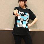 続いてはTシャツ!まずはTシャツAからご紹介♪ブラックのボディに幾何学模様がプリントされたクールなデ…