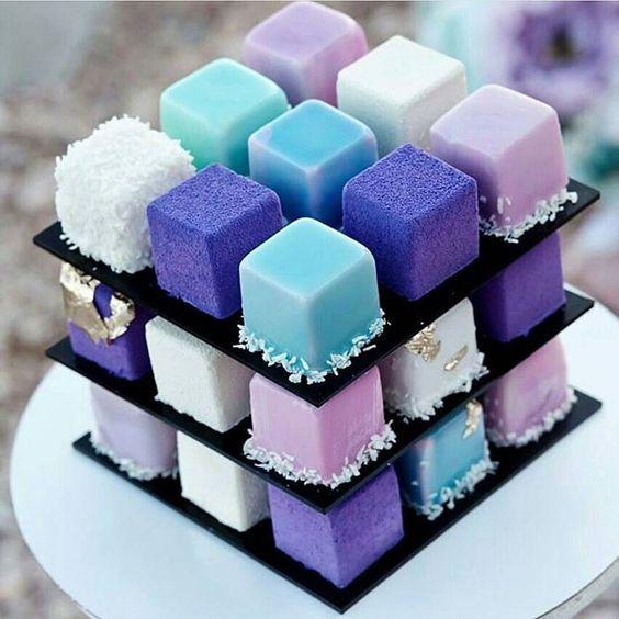 絶対に食べたい♪wwwルービックキューブ型モダンケーキの登場www