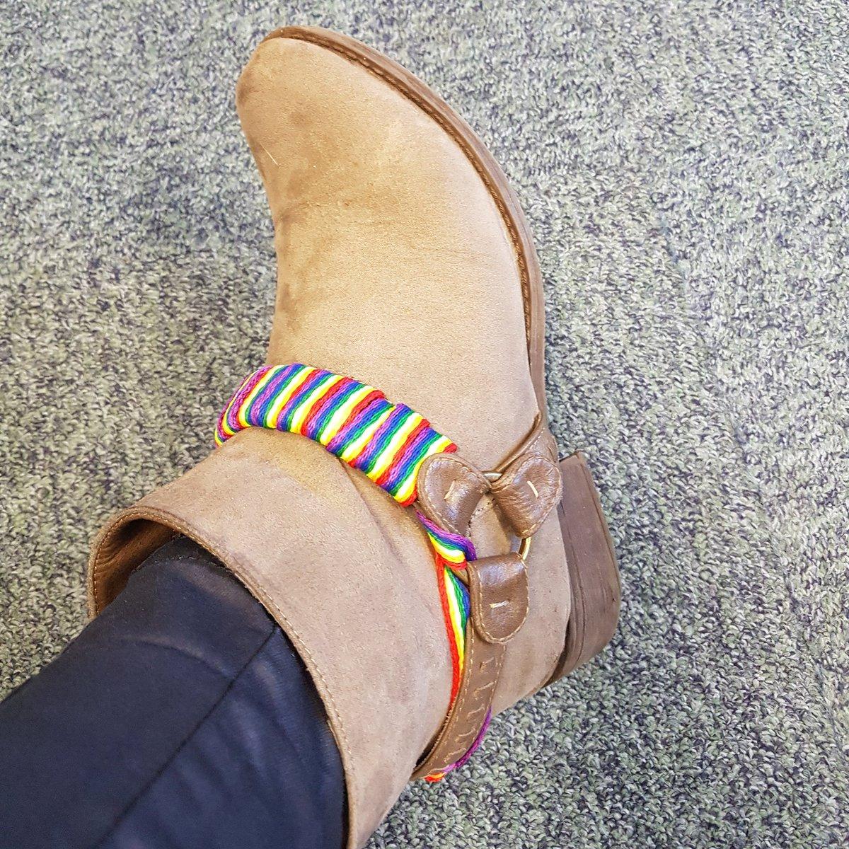 Admit it ... We rock the laces #RainbowL...