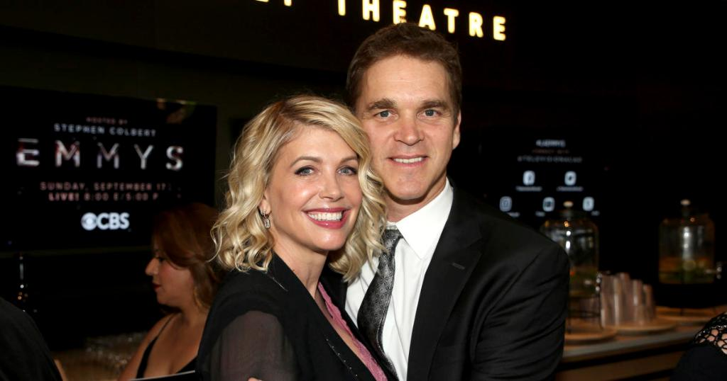 Wife of NHL player Luc Robitaille tweets about Donald Trump elevator encounter https://t.co/GqL1qrjwAL
