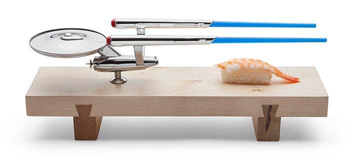 These are the sushi of the Starship Enterprise. #StarTrek U.S.S. Enterprise Sushi Set: https://t.co/5uYt8Ovco4