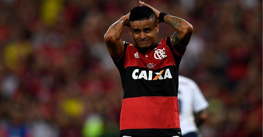 FIM DE JOGO: Independiente segura o Flamengo em Maracanã lotado e garante título da Sul-Americana https://t.co/9dSCPS2Mkj