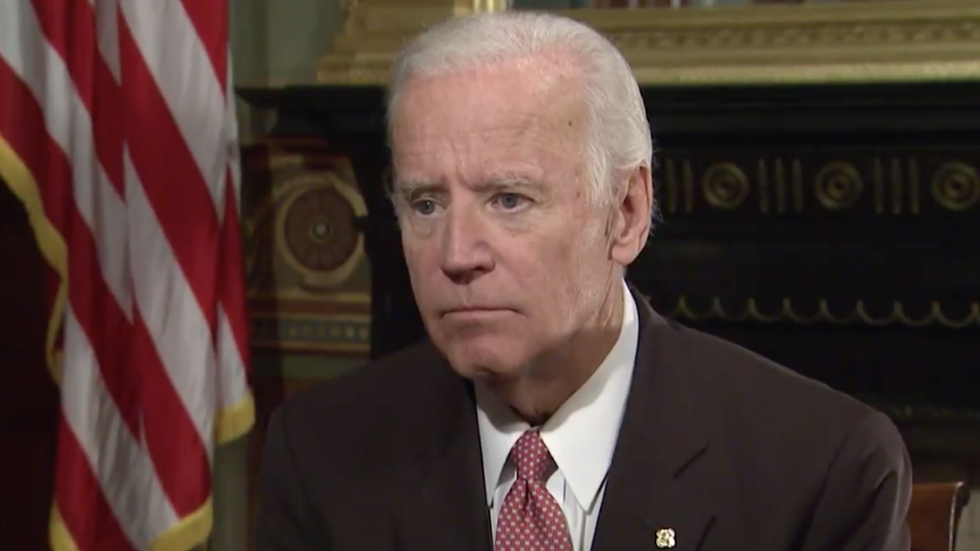 Biden on Anita Hill: 'I owe her an apology' for what happened during Clarence Thomas hearing https://t.co/mxKVhGDUBr