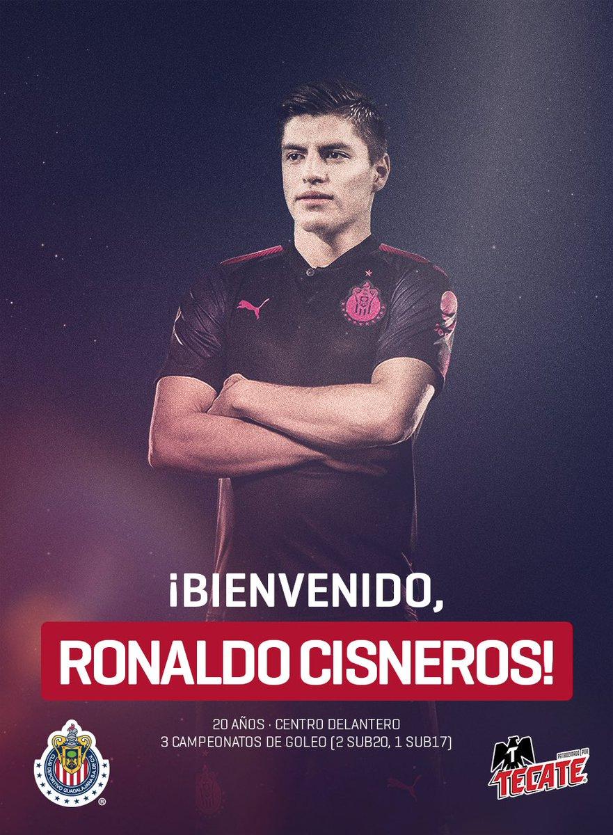 🙌 Ahora juegas junto a 40 millones. 🇦🇹 ¡Bienvenido a la familia Rojiblanca, @RonaldoCM97! 👏👏