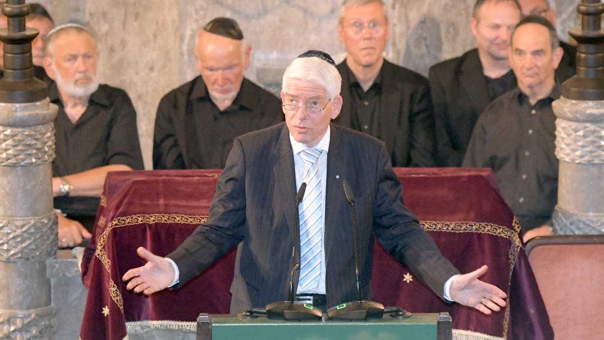 Ausschreitungen in Deutschland: Zentralrat fordert Gesetzesänderung gegen antisemitische Demos https://t.co/WFKIywZrhJ