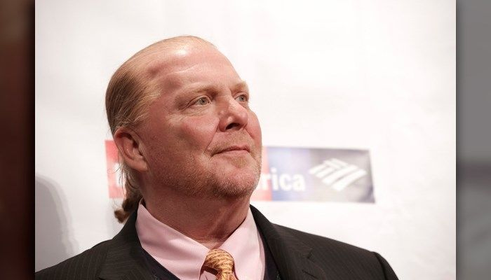 Celebrity chef Mario Batali stepped away from his restaurant empire and cooking show 'The Chew,' saying reports of sexual misconduct 'match up' to his behavior. >>> https://t.co/XHnkSqq26Z