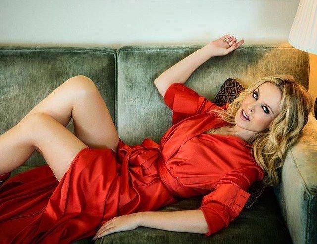 Kylie Nicole En Salope De Compagnie Docile