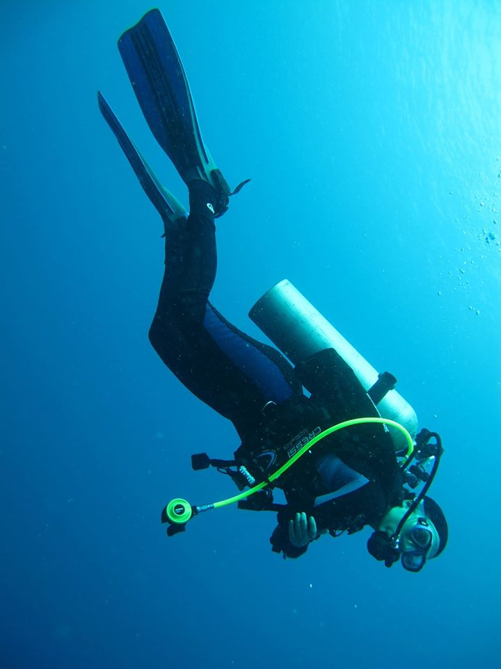 "a personal recount on the experience of scuba diving Scuba diving gear aqua lung is the name that introduced the world to scuba diving in 1943, when jacques-yves cousteau and émile gagnan developed the first ""aqua-lung"" demand regulator."