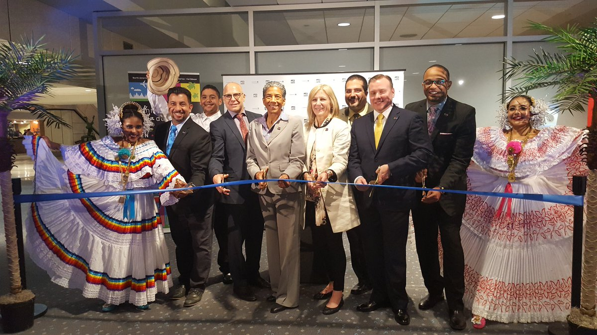 We celebrated the inaugural nonstop flight to Panama City on @CopaAirlines with a ribbon cutting ceremony! #Panama2Denver