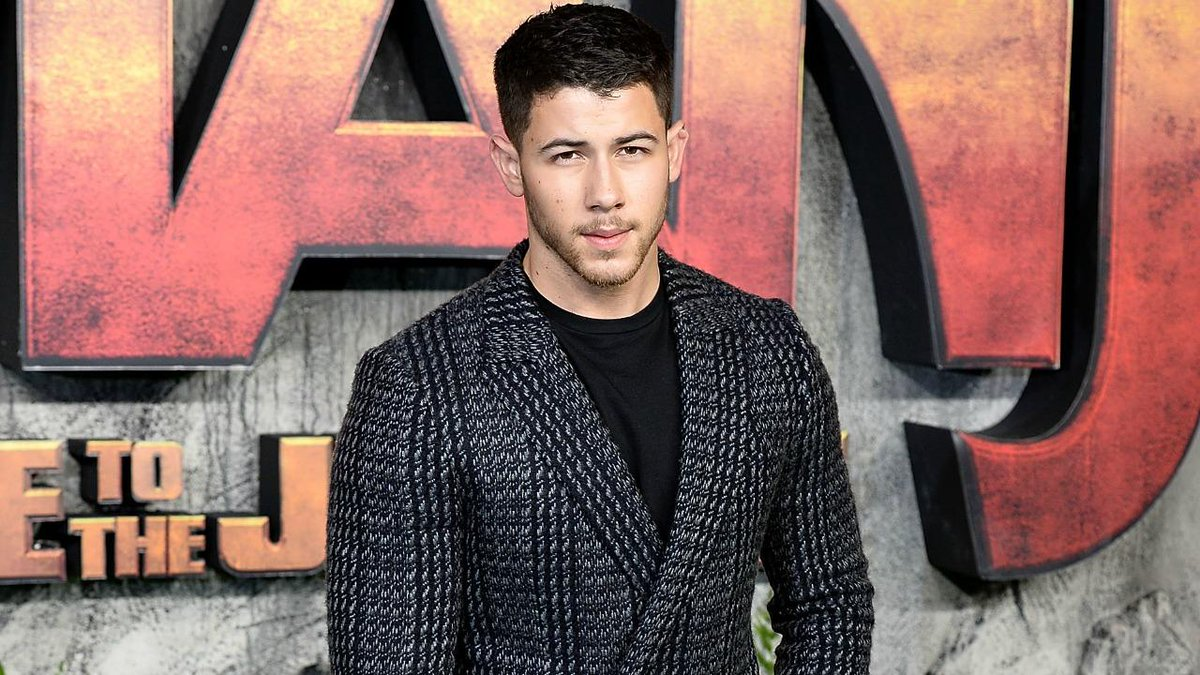 Nick Jonas reveals which family member cried after hearing about his #GoldenGlobes nomination. https://t.co/itLT7sDTl7