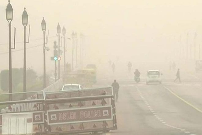 #Cold intensifies in #Delhi post Monday rain; several #trains cancelled, #flights diverted https://t.co/oZPdyWznEz